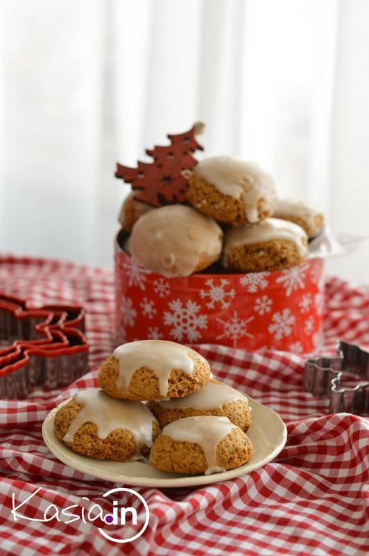 Pierniczki świąteczne, miękkie i szybkie - Kasia in